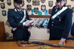 Va a caccia con il fucile dell'amico, due arresti a Grotteria
