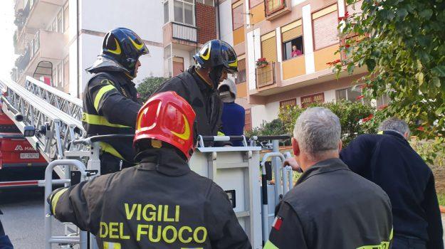 colli sarrizzo, incendio, Messina, Sicilia, Cronaca