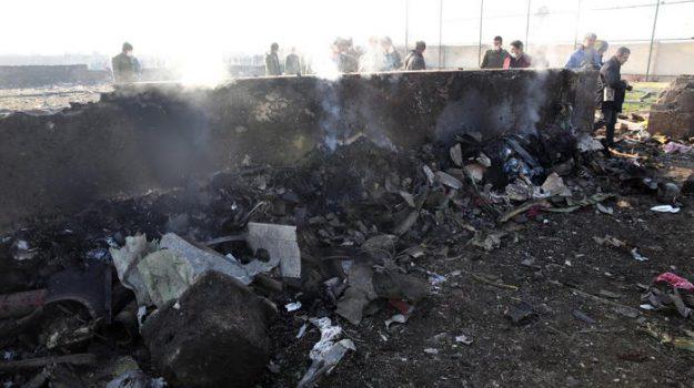 incidente aereo, iran, Sicilia, Mondo