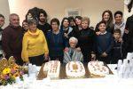 Nonna Maria ha compiuto 106 anni: festa a Messina con figlie, nipoti e pronipoti