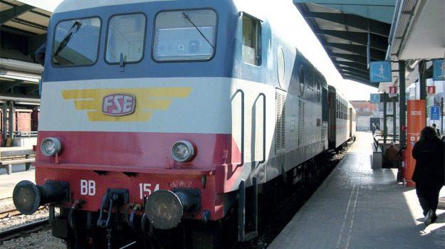 castelbuono, ferrovie, rfi, Messina, Sicilia, Economia