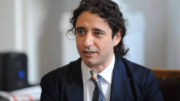 'ndrangheta, m5s, regionali in calabria, Francesco Aiello, Luigi Aiello, Paolo Parentela, Calabria, Politica