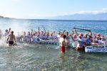 Il freddo non ferma il tradizionale tuffo di Capodanno al Lido di Reggio Calabria - Foto