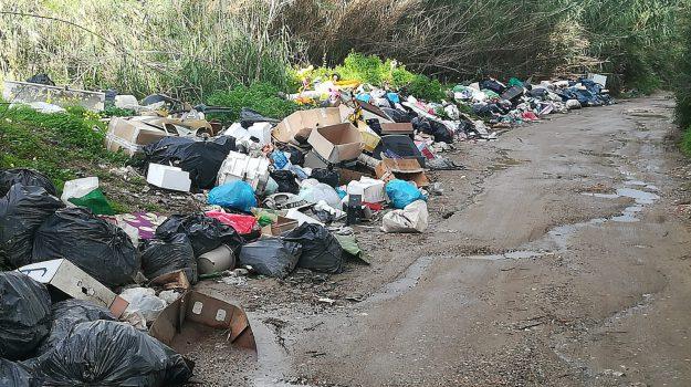 incendi, rifiuti, siderno, Reggio, Calabria, Cronaca