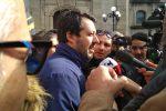 """Regionali, Salvini a Serra risponde ai contestatori: """"Domenica canteremo 'ciao belli'"""""""