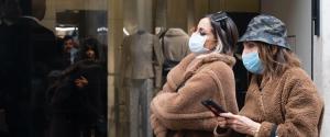 Coronavirus, boom vendite mascherine: guardia di finanza in sedi Amazon-eBay