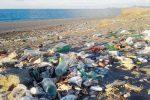 Discarica di Milazzo emersa a Ponente, prelevati campioni di rifiuti