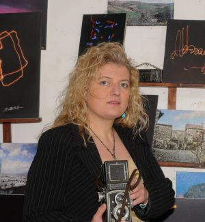 """Elisabetta Pandolfino, la fotografa messinese che usa la luce per gli """"scatti mentali"""""""