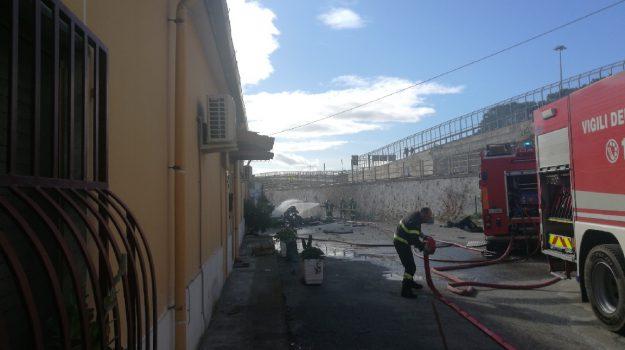 camion, catanzaro lido, esplosione, Catanzaro, Calabria, Cronaca