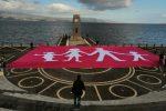 Maxi bandiera in favore della famiglia, l'iniziativa a Reggio Calabria