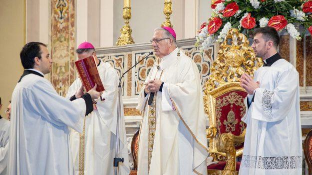 arcivescovo, chiesa, fase 2, messa, giovanni accolla, Messina, Sicilia, Cronaca