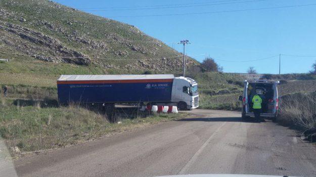 autostrada palermo catania, incidente, provinciale 19, Sicilia, Cronaca