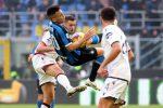 L'Inter pareggia ancora, fermata dal Cagliari: in gol Martinez e Nainggolan. Tensioni nel finale
