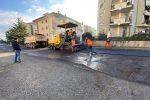 """Vibo, le strade si rifanno il look: asfalto nuovo e niente """"rattoppi"""" - Foto"""