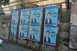 Regionali in Calabria, manifesti abusivi a Vibo? La denuncia arriva dal M5S