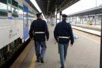 Controlli nelle stazioni di Messina e Taormina, multe per attraversamento dei binari