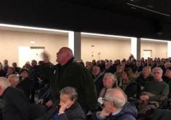 Popolare di Bari, la rabbia degli investitori: «Lo Stato ci deve difendere» L'assemblea indetta dal (Sindacato italiano per la tutela dell'investimento e del risparmio - Corriere Tv