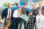 A Catanzaro il sogno di una paziente diventa realtà: gli youtuber Ninna e Matti in ospedale