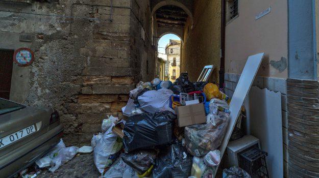 cosenza, rifiuti, Cosenza, Calabria, Cronaca