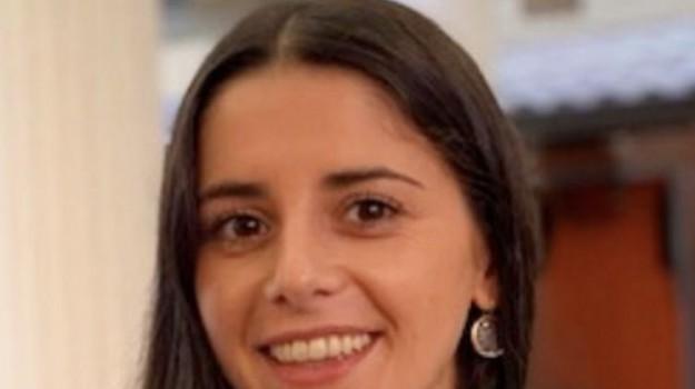 Roberta Bentivoglio, Catanzaro, Calabria, Società
