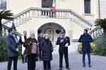 """Messina, il generale Robusto dona un tricolore al liceo """"Basile"""""""