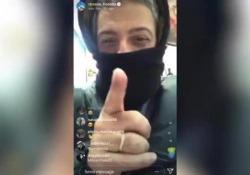 Sanremo, Fiorello difende Amadeus e risponde alle deputate: «Il passo avanti fatelo voi in politica» Ironico lo showman, in diretta Instagram, si rivolge così alle deputate che hanno chiesto in una lettera ad Amadeus di scusarsi - Corriere Tv