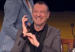 Sanremo: la sorpresa di Fiorello al termine della conferenza stampa Sanremo, Fiorello: «Io non so ancora una minchia di niente di quello che farò» - AGTW
