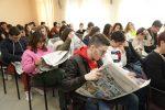 """Presentato """"Stoà"""", spunti e interviste nel giornale del liceo La Farina con la Gazzetta del Sud"""