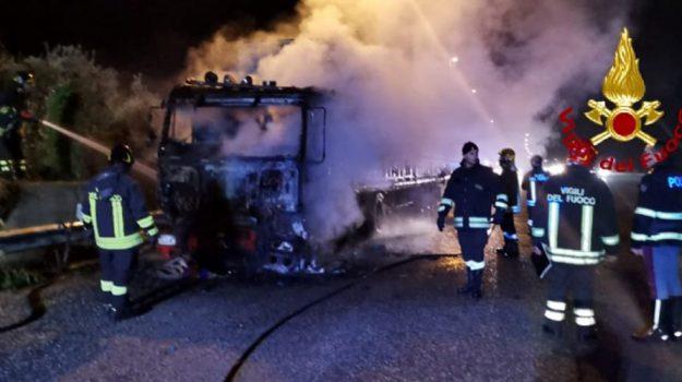 autostrada messina-catania, incendio, tangenziale messina, Messina, Sicilia, Cronaca