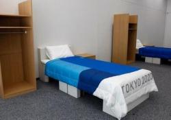 Tokyo 2020: gli atleti dormiranno su letti di cartone Alla fine dei Giochi i letti verranno riciclati e trasformati in prodotti di carta - CorriereTV