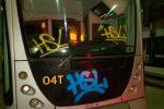 Writers in azione nel deposito Atm a Messina, vandalizzati due tram con bombolette spray