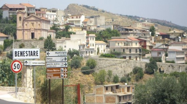 benestare, case, ospitalità diffusa, Reggio, Calabria, Economia