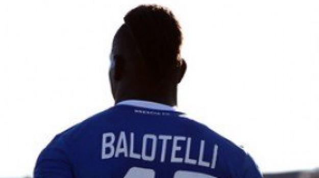 calciatore, ricatto, Mario Balotelli, Sicilia, Sport