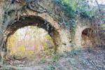 A Castrovillari riemerge dalla boscaglia un antico sistema murario