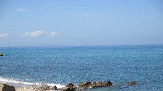 barriere frangiflutti, erosione costiera, messina, Messina, Sicilia, Cronaca