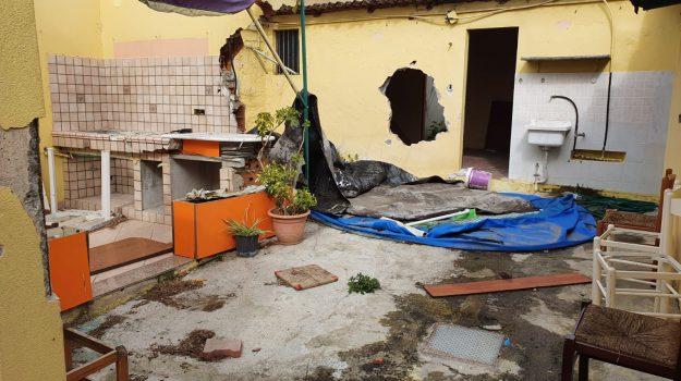 baracche messina, regione siciliana, Messina, Sicilia, Politica