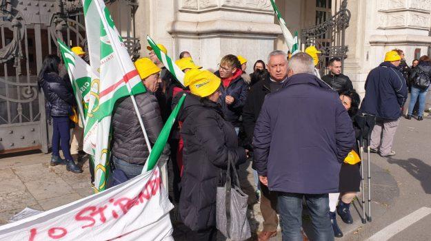 lavoro, protesta, tribunale messina, Messina, Sicilia, Economia