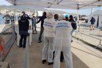 Sbarco della Aita Mari a Messina, identificati due presunti scafisti: uno ha 14 anni
