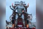 Al Carnevale di Viareggio c'è un gigantesco Ronaldo in versione «Iron Man»