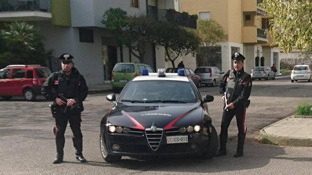 banca, ladro, telecamere, videosorveglianza, Cosenza, Calabria, Cronaca