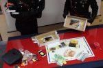 Montepaone, nasconde due pistole e munizioni sotto il comodino: arrestato 29enne