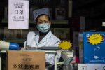 Psicosi da coronavirus, carta igienica rara come l'oro: maxi rapina a Hong Kong