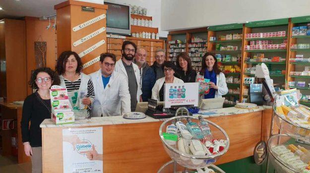 banco, donazione, farmaco, Messina, Sicilia, Società