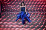 Eleganza e bellezza, Francesca Sofia Novello incanta Sanremo: i look sul palco