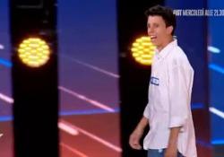 Italia's Got Talent 2020: il monologo sulla Camorra entusiasma giudici e pubblico Protagonista Daniele Ciniglio, 25 anni, di Napoli - Corriere TV
