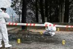 Bruciato vivo in auto a Roccella Jonica: arrestati la moglie, l'amante e il figlio