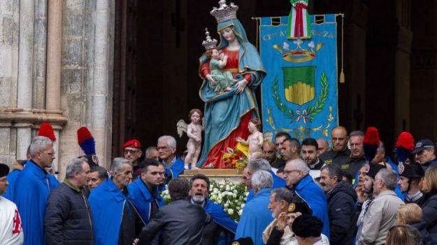 festeggiamenti, processioni, Sicilia, Cultura