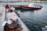 Sequestrati nel porto di Catanzaro 700 metri di reti utilizzate per la pesca di neonata