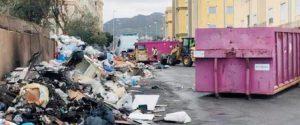 Rifiuti in Calabria, ipotesi Puglia per uscire dall'emergenza