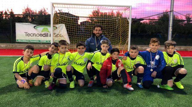 """Torneo di calcio, siciliani e calabresi insieme per il trofeo """"Città di Crotone"""""""